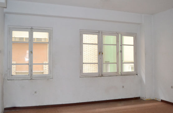 Piso en venta en Piso en Bembibre, León, 33.000 €, 2 habitaciones, 1 baño, 61 m2