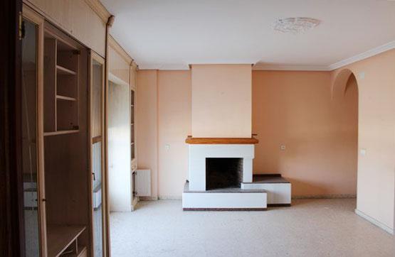 Piso en venta en Baena, Córdoba, Avenida Padre Villoslada, 90.000 €, 3 habitaciones, 2 baños, 134 m2