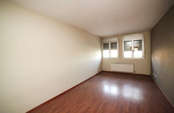 Piso en venta en Alcoletge, Lleida, Calle Lluis Companys, 70.200 €, 4 habitaciones, 3 baños, 88 m2