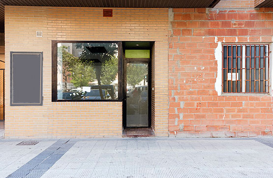 Oficina en venta en Juslibol, Zaragoza, Zaragoza, Calle Concepción Saiz de Otero, 112.500 €, 237 m2