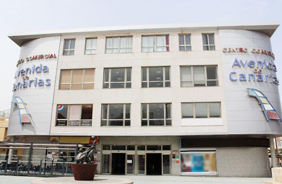 Local en venta en Cruce de Sardina, Santa Lucía de Tirajana, Las Palmas, Avenida de Canarias, 67.900 €, 73 m2