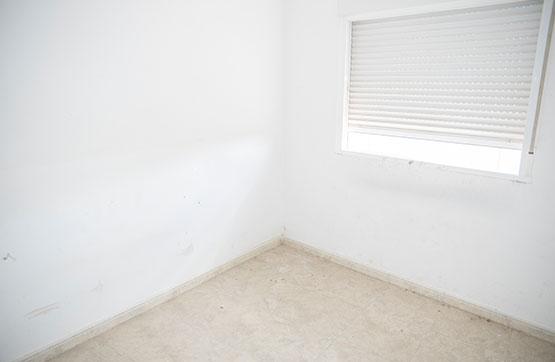 Piso en venta en La Eralta, Almoradí, Alicante, Calle Europa, 61.500 €, 3 habitaciones, 1 baño, 106 m2