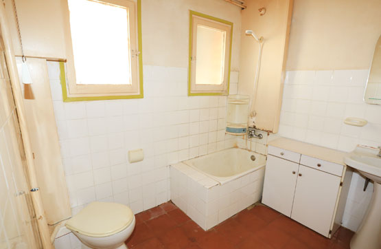 Piso en venta en Piso en Berga, Barcelona, 47.250 €, 3 habitaciones, 1 baño, 81 m2