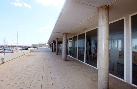 Local en venta en Torredembarra, Tarragona, Lugar Playa Puerto Deportivo de Torrembarra, 3.500 €, 27 m2