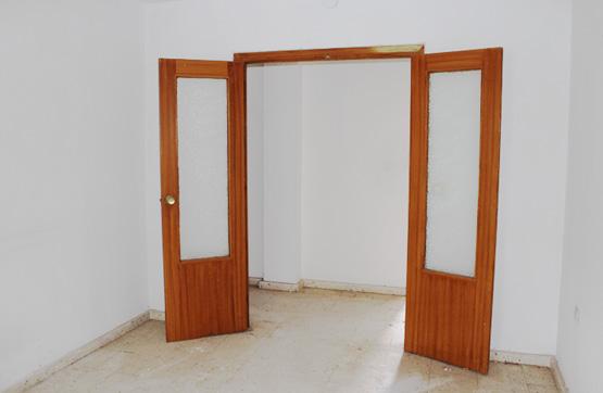 Piso en venta en Santa Marta, Badajoz, Calle Grupo Virgen de Graia, 34.650 €, 3 habitaciones, 1 baño, 106 m2