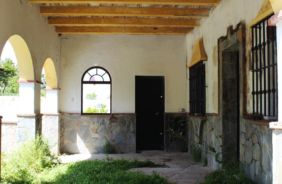 Casa en venta en Arcos de la Frontera, Cádiz, Calle Azucena, 98.800 €, 2 habitaciones, 1 baño, 140 m2