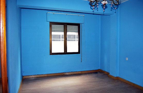 Piso en venta en Flores del Sil, Ponferrada, León, Calle Antolin Lopez Pelaez, 59.280 €, 3 habitaciones, 2 baños, 117 m2