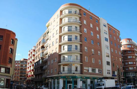 Piso en venta en Centro, Palencia, Palencia, Plaza San Lazaro, 276.390 €, 8 habitaciones, 3 baños, 179 m2