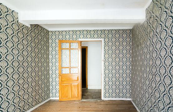 Casa en venta en Bergara, Guipúzcoa, Calle Zubiaurre, 102.100 €, 4 habitaciones, 1 baño, 259 m2