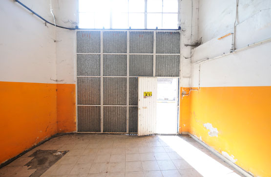 Local en venta en Local en Redondela, Pontevedra, 50.000 €, 271 m2