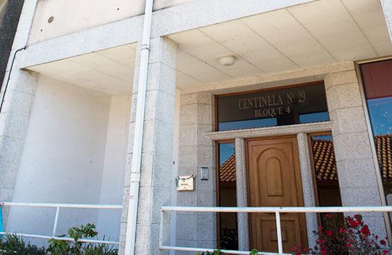 Piso en venta en Tomiño, Pontevedra, Calle Centinela, 87.400 €, 2 habitaciones, 2 baños, 118 m2