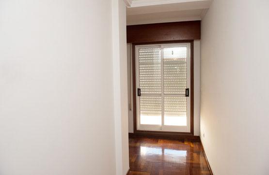 Piso en venta en Piso en Tomiño, Pontevedra, 71.300 €, 2 habitaciones, 2 baños, 118 m2