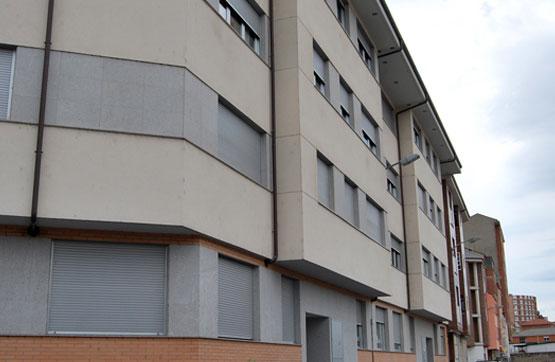Piso en venta en Compostilla, Ponferrada, León, Calle Paralela Ferrocarril, 63.200 €, 2 habitaciones, 2 baños, 85 m2