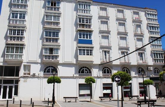 Piso en venta en San García, Algeciras, Cádiz, Plaza Juan de Lima, 115.000 €, 3 habitaciones, 3 baños, 161 m2