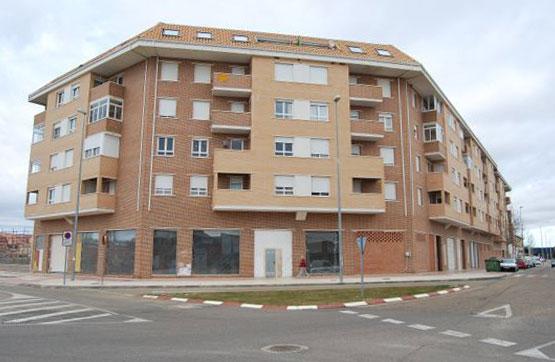 Piso en venta en Barrio Santa Clara, Benavente, Zamora, Calle Ermita de San Lorenzo, 50.850 €, 2 habitaciones, 2 baños, 79 m2