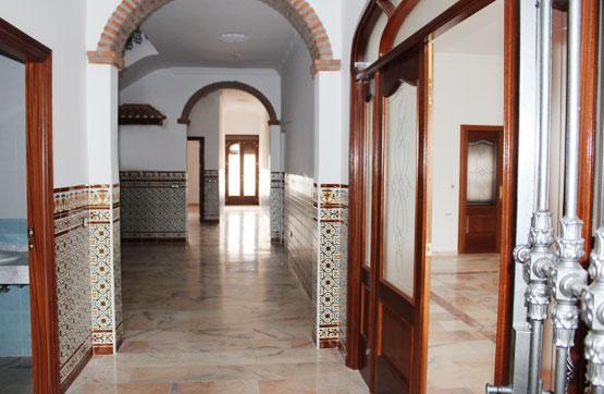 Casa en venta en Azuaga, Badajoz, Avenida Santo Tomas de Aquino, 313.950 €, 7 habitaciones, 4 baños, 645 m2
