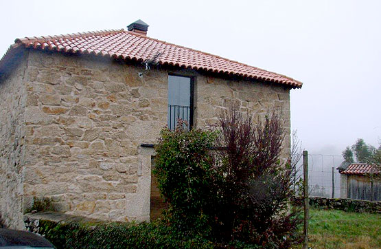 Casa en venta en Cerdedo, Pontevedra, Lugar Centro Lourido, 70.350 €, 2 habitaciones, 2 baños, 141 m2