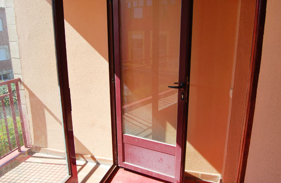 Piso en venta en Villagonzalo Pedernales, Burgos, Calle San Vicente, 83.790 €, 3 habitaciones, 2 baños, 101 m2