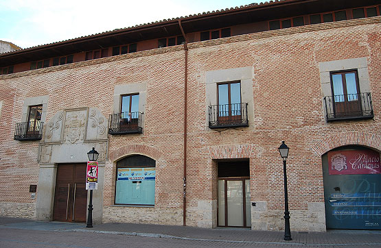 Local en venta en Arévalo, Ávila, Plaza del Salvador, 87.530 €, 235 m2