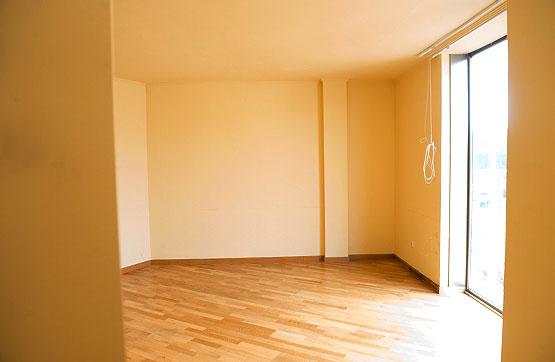 Piso en venta en A Laracha, A Coruña, Calle Argentina, 84.000 €, 3 habitaciones, 1 baño, 112 m2