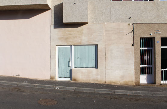 Local en venta en San Isidro, Granadilla de Abona, Santa Cruz de Tenerife, Calle Chipude, 59.000 €, 100 m2