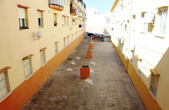 Piso en venta en Priego de Córdoba, Córdoba, Pasaje Teresa de Jornet, 94.500 €, 2 habitaciones, 2 baños, 137 m2