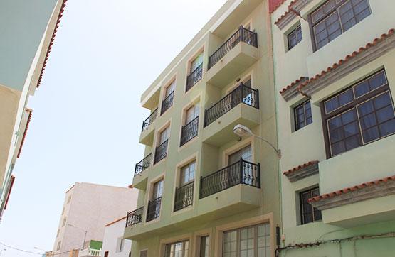 Piso en venta en Sardina, Santa Lucía de Tirajana, Las Palmas, Calle Valle Inclán, 72.400 €, 2 habitaciones, 1 baño, 82 m2