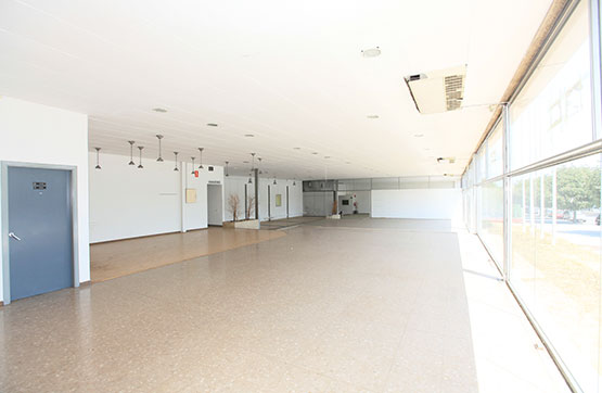Industrial en venta en Montserrat, Terrassa, españa, Carretera Montcada, 2.400.000 €, 6 m2