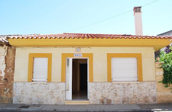 Casa en venta en Melgar de Fernamental, Burgos, Avenida Castrojeriz, 83.000 €, 4 habitaciones, 2 baños, 280 m2