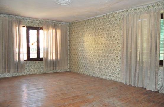 Piso en venta en Mansilla de la Mulas, León, Plaza San Nicolas, 62.100 €, 7 habitaciones, 4 baños, 647 m2