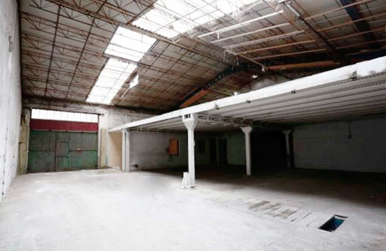 Industrial en venta en Poligono Industrial los Villares, Villares de la Reina, Salamanca, Calle Medina, 118.747 €, 376 m2