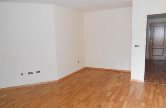 Piso en venta en El Tiemblo, Ávila, Paseo de Recoletos, 59.400 €, 3 habitaciones, 2 baños, 138 m2