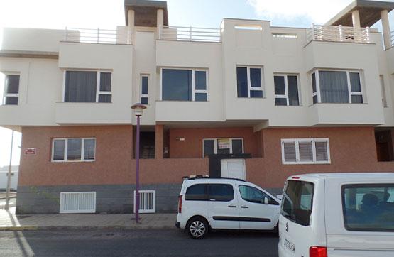Piso en venta en La Charca, Puerto del Rosario, Las Palmas, Calle Mozart, 92.000 €, 2 habitaciones, 1 baño, 74 m2