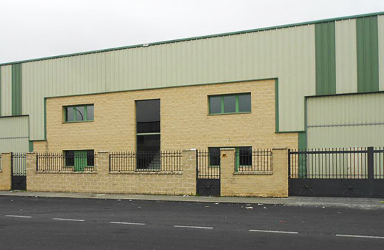 Industrial en venta en Valverde del Majano, Segovia, Calle Fresno, 445.500 €, 1803 m2
