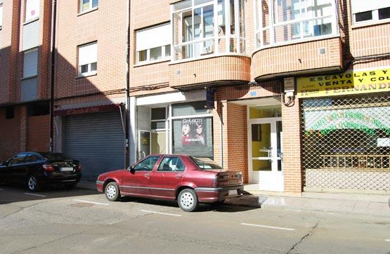 Piso en venta en Saldaña, Palencia, Calle la Huertas, 49.590 €, 3 habitaciones, 1 baño, 105 m2