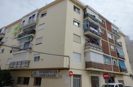Piso en venta en Ronda del Mar, Estepona, Málaga, Calle Delfin, 105.000 €, 3 habitaciones, 1 baño, 79 m2