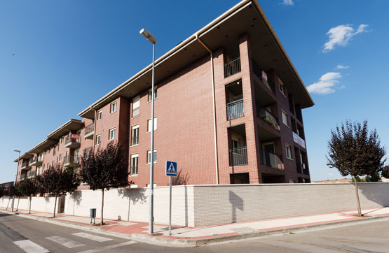 Piso en venta en Santo Domingo de la Calzada, La Rioja, Calle Rio Oja, 117.135 €, 3 habitaciones, 2 baños, 96 m2