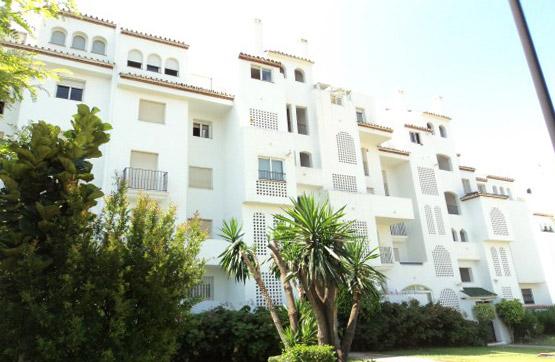 Piso en venta en Playa Bella, Estepona, Málaga, Urbanización la Lomas de la Joyas, 161.000 €, 2 habitaciones, 2 baños, 118 m2