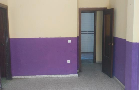 Piso en venta en Piso en Algeciras, Cádiz, 60.000 €, 2 habitaciones, 102 m2