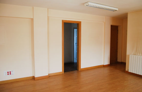 Oficina en venta en Castañares, Burgos, Burgos, Carretera Madrid-irun, 42.655 €, 81 m2