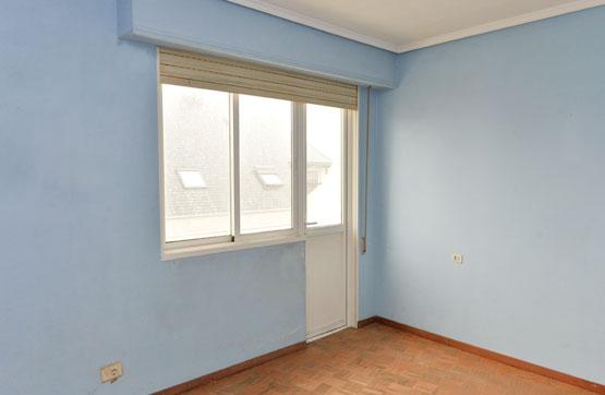 Piso en venta en Ensanche B, Ferrol, A Coruña, Calle Ponzos 31 5 Izq, 31.100 €, 3 habitaciones, 70 m2