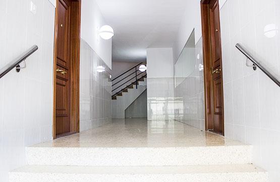 Piso en venta en Sagunto/sagunt, Valencia, Plaza Pedres Blaves, 48.300 €, 1 habitación, 1 baño, 107 m2