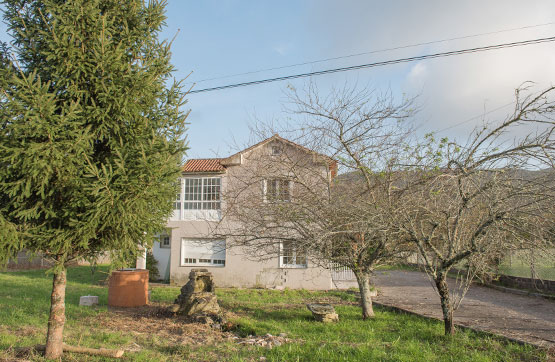Piso en venta en Cotobade, Pontevedra, Calle Centro As Lagoas -, 180.300 €, 3 habitaciones, 1 baño, 195 m2