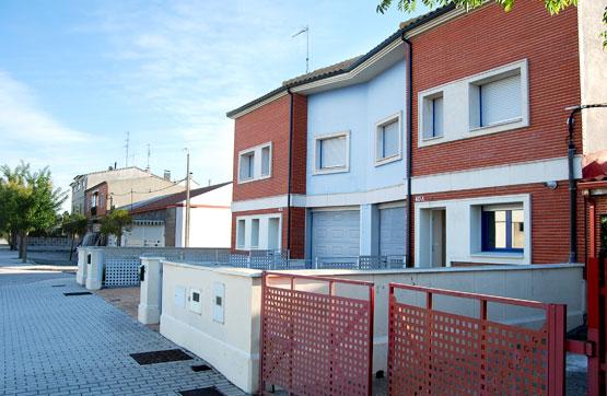 Casa en venta en Mojados, Valladolid, Carretera Madrid 40 Bj A, 126.000 €, 5 habitaciones, 3 baños, 239 m2
