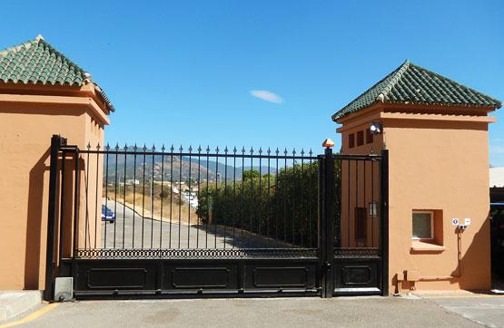 Piso en venta en Estepona, Málaga, Calle Alpandeire Y C/ Benadalid 11 6, 169.500 €, 2 habitaciones, 1 baño, 73 m2