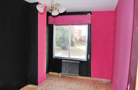 Piso en venta en Benavente, Zamora, Calle Camino de Santiago 2 1 D, 57.650 €, 4 habitaciones, 2 baños, 115 m2