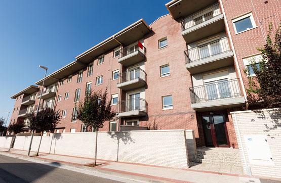 Piso en venta en Santo Domingo de la Calzada, La Rioja, Calle Rio Oja 2-4 2 3 E, 112.765 €, 3 habitaciones, 2 baños, 91 m2