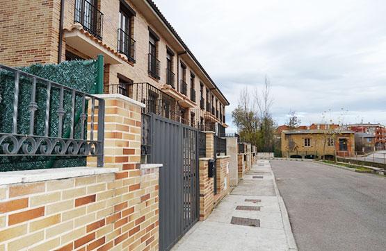Casa en venta en Carrizo, León, Calle los Oteros 35, 132.000 €, 4 habitaciones, 4 baños, 247 m2