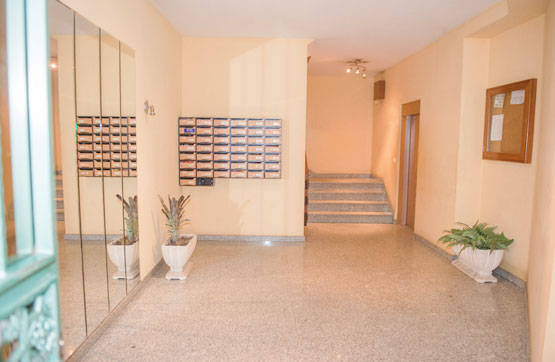 Piso en venta en Cangas, Pontevedra, Avenida de Bueu, 135.700 €, 3 habitaciones, 1 baño, 131 m2