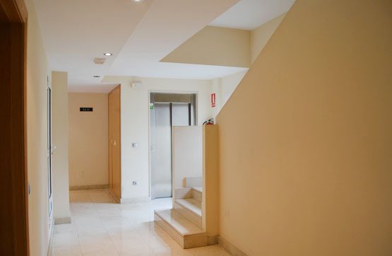 Piso en venta en Cuatrovientos, Ponferrada, León, Calle Canal, 49.300 €, 1 habitación, 1 baño, 71 m2